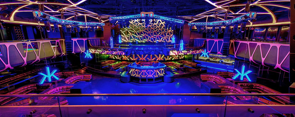 Hakkasan nightclub is 4 levels of fun containing a 5 star restaurant a VIP lounge and a main dance lounge. best venue to show off to those tourist friends of yours and dance all night. great electronic elm dance or hip hop club in Las Vegas to entertain any party. great .